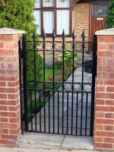 metal gate 1